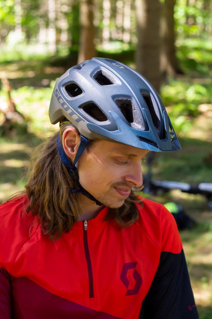 hjelmen på en rytter